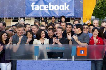 Facebook - 16,007 milliards de dollars. Le premier réseau social mondial sur internet s'était lancé à New York en 2012.