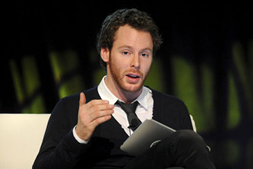 Mark Zuckerberg rencontre Sean Parker