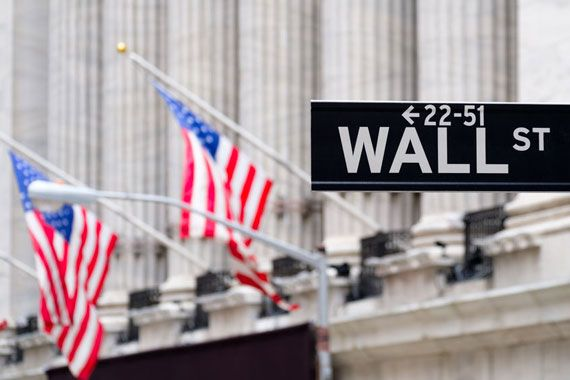 Finance internationale : Wall Street tousse, les places boursières mondiales se grippent