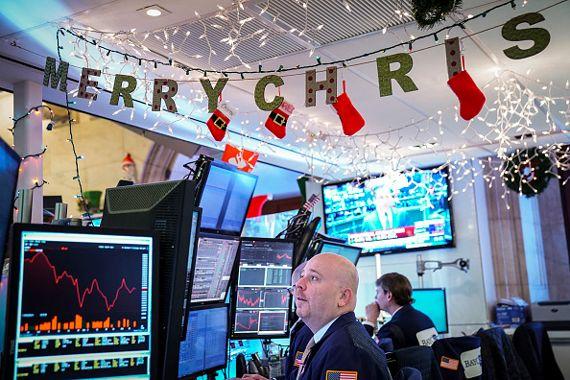 Bourse: Wall Street ouvre en petite hausse une semaine difficile