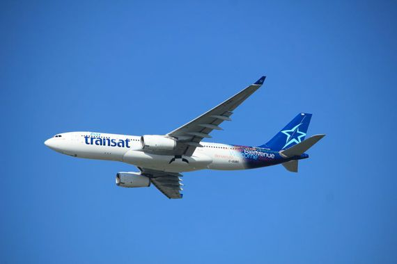 Un avion d'Air Transat