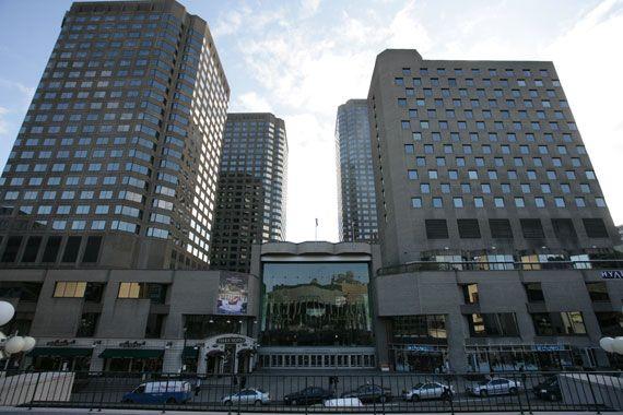 Les banques nationale et royale quitteront le complexe for Banque des jardin
