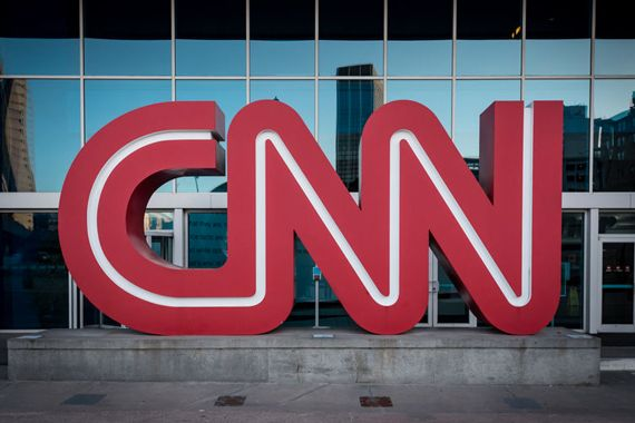 CNN attaque Donald Trump en justice