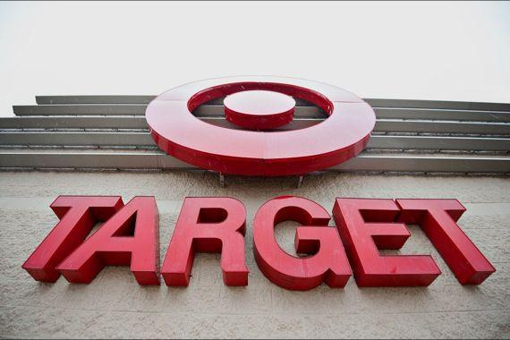 Metro fermera les 14 pharmacies Brunet dans les Target - LesAffaires.com