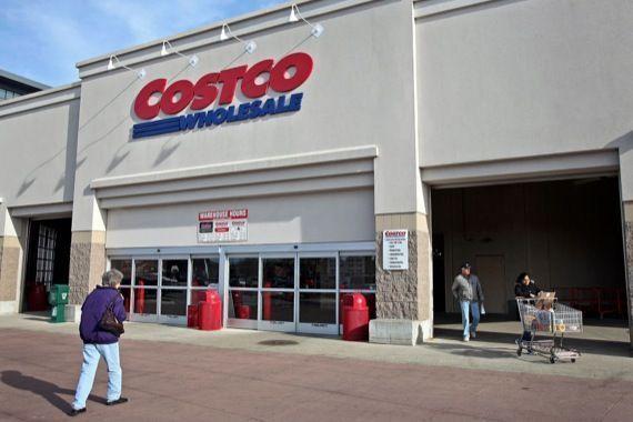 Plus de 6,5 millions de ménages canadiens sont membres chez Costco. Soit un  ménage sur deux au pays. Et plus de 90% d entre eux renouvellent leur  abonnement ... 609cb1aa2a98