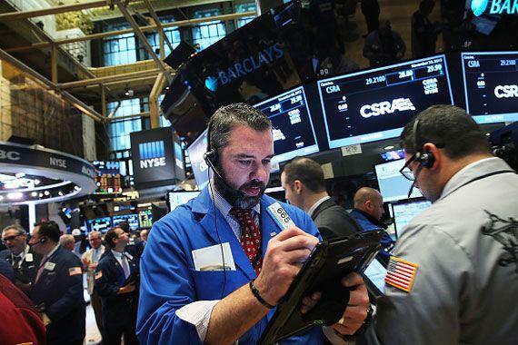 A Wall Street, le Dow perd 0,87%, le Nasdaq 1,18%